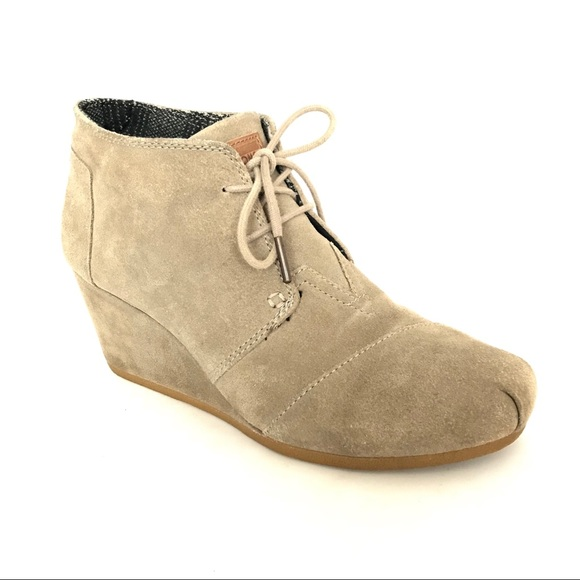 ebb6129c4b6 👗Toms Desert Wedge Bootie Taupe Suede Size 10